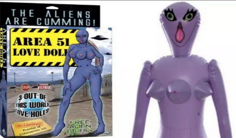 секс-кукла инопланетянка три груди