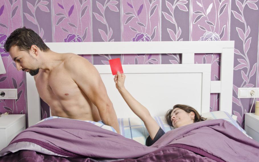 Красная карточка в постели