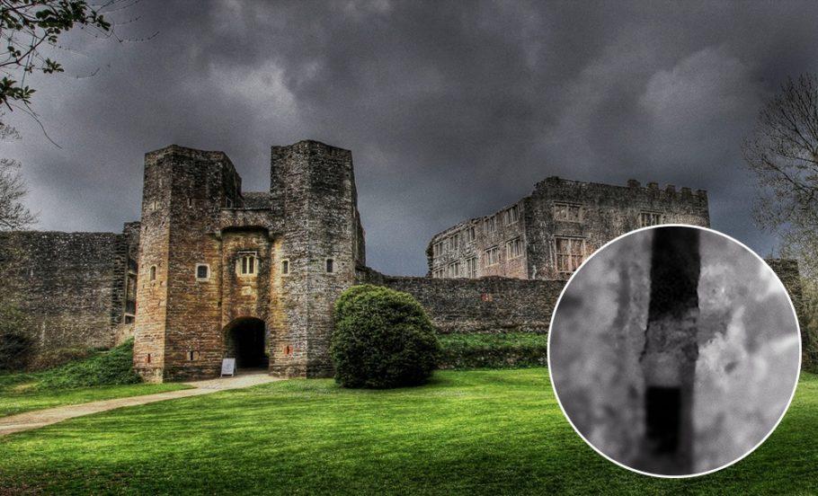 Замок Берри Поумрой в Великобритании
