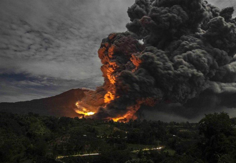 Индонезия, вулкан Синабунг