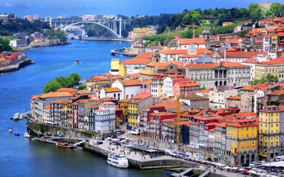 Португальский Порту
