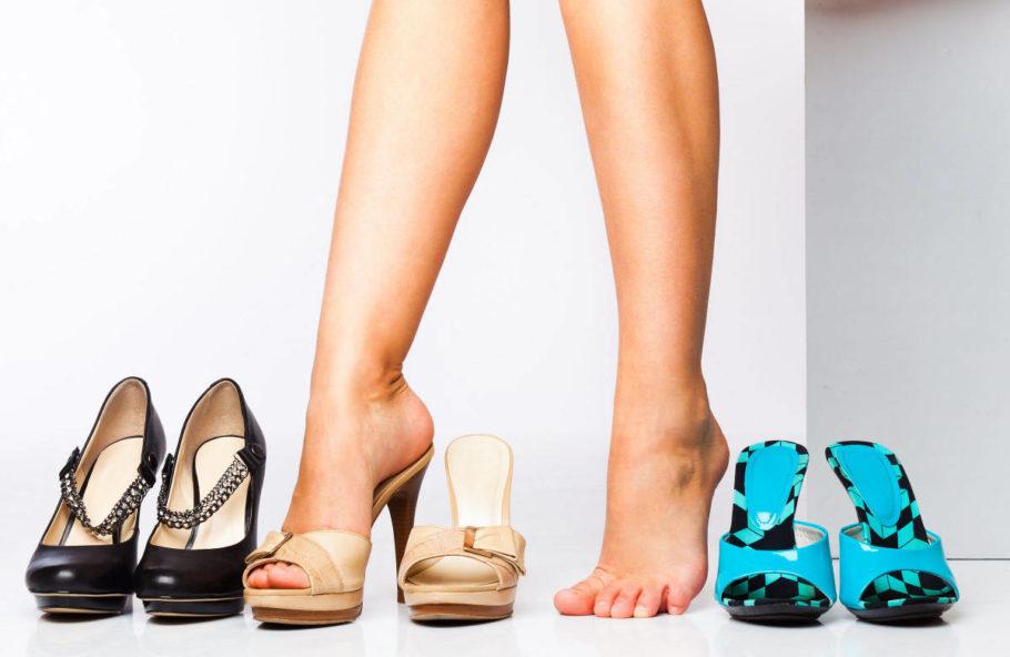 женские ноги и обувь