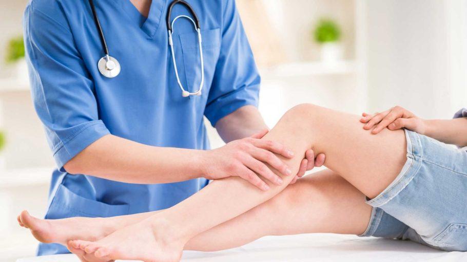 массаж женских ног