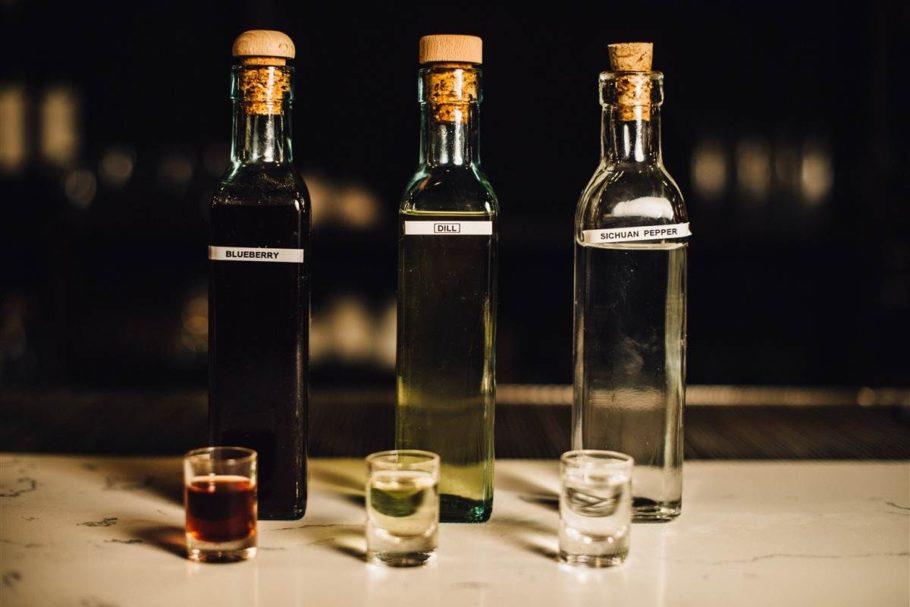 алкогольные настойки в бутылках