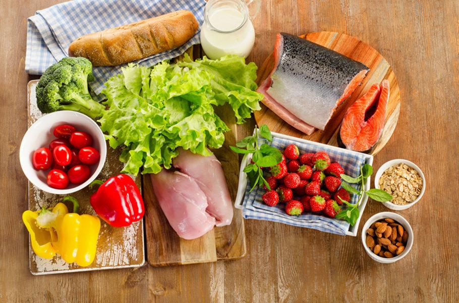 рыба, курица, овощи и другие продукты