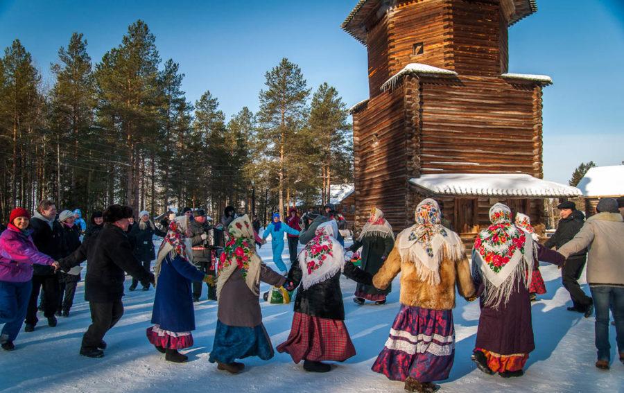 празднование Нового Года в деревне