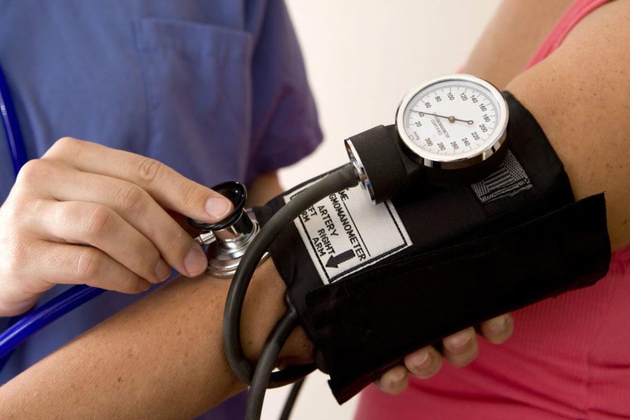 Измерение давления тономером