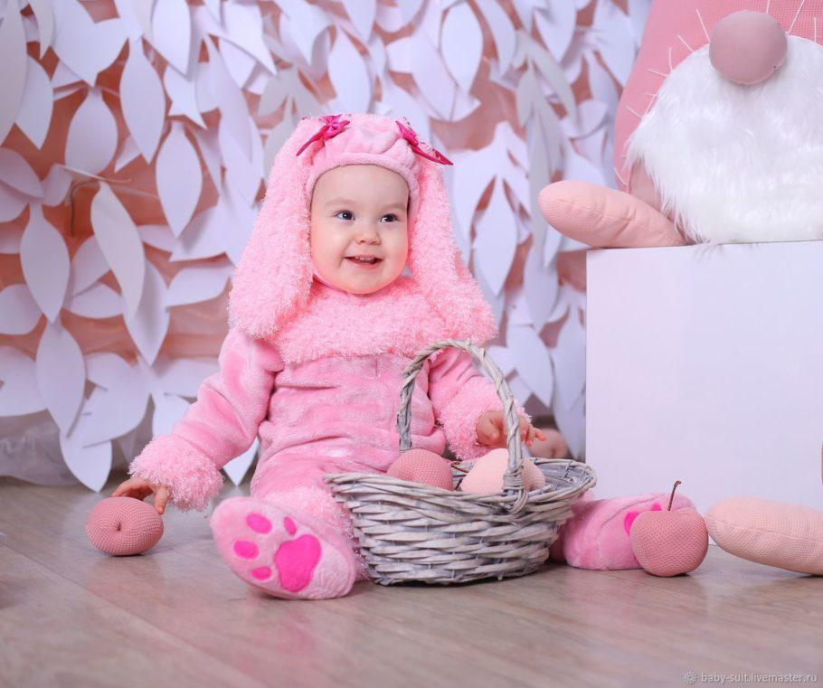 ребенок в костюме животного