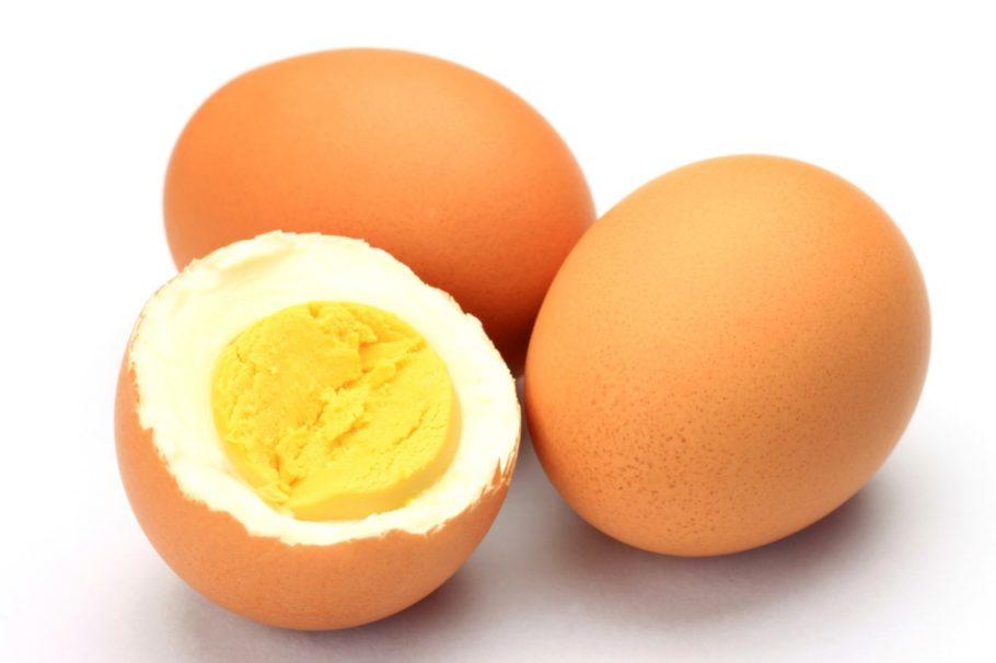 варёные куриные яйца