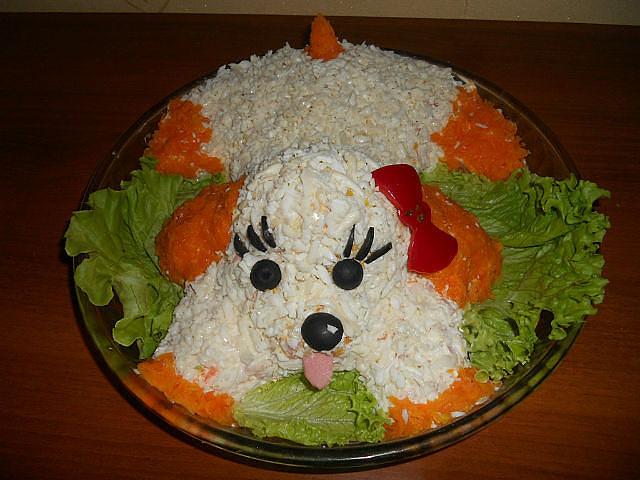 салат в виде собаки
