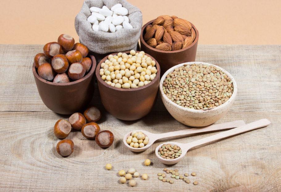 бобы, орехи и крупы