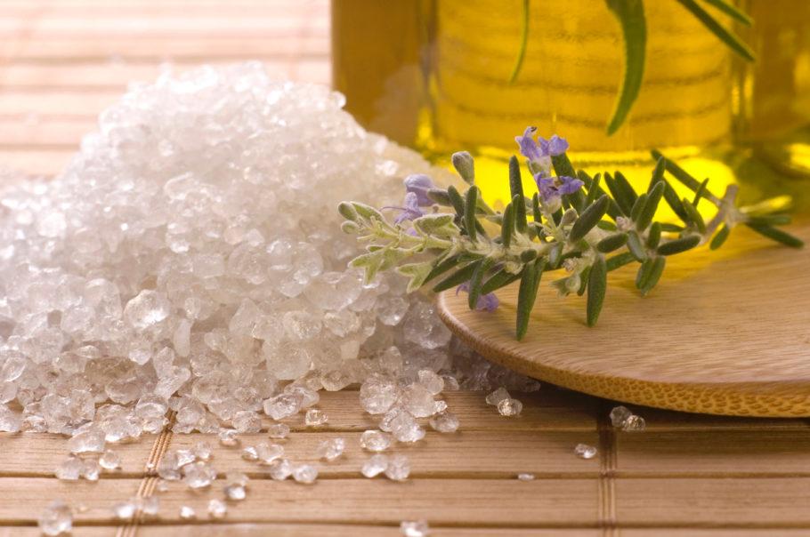 Крупные кристалы соли