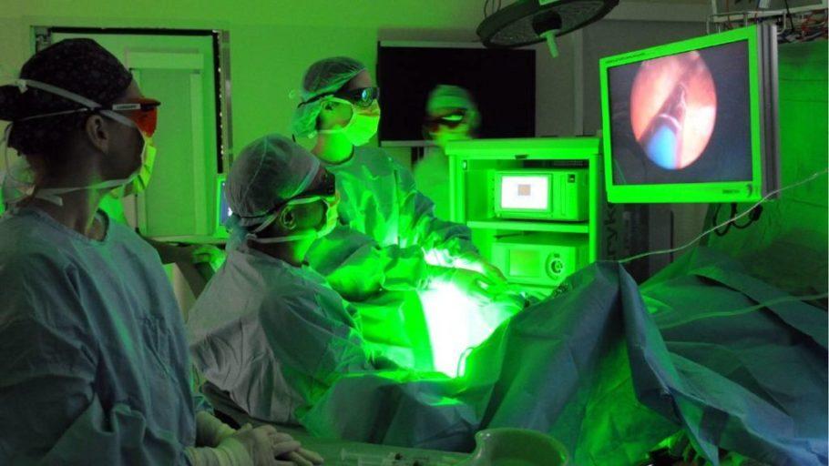 удаление аденомы простаты с помощью аппарата Green Light Laserscope