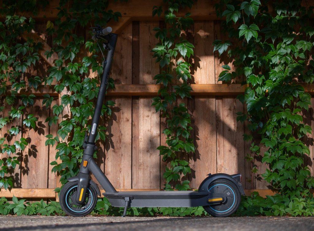 Velomot — индивидуальные транспортные средства для больших и маленьких