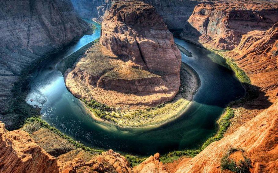 пейзажи в каньонах Америки