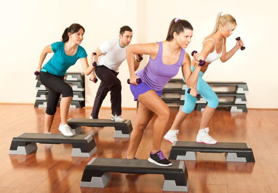Интервальный тренинг предполагает чередование фаз максимальной и минимальной нагрузки в процессе тренировки
