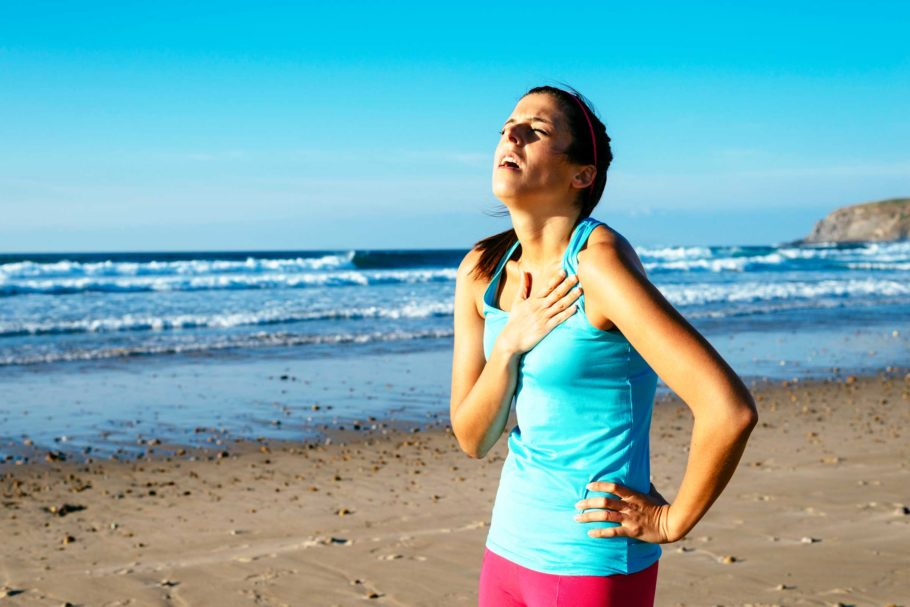 Если во время бега вы не можете контролировать свое дыхание и посчитать вдохи и выдохи, тогда умерьте темп