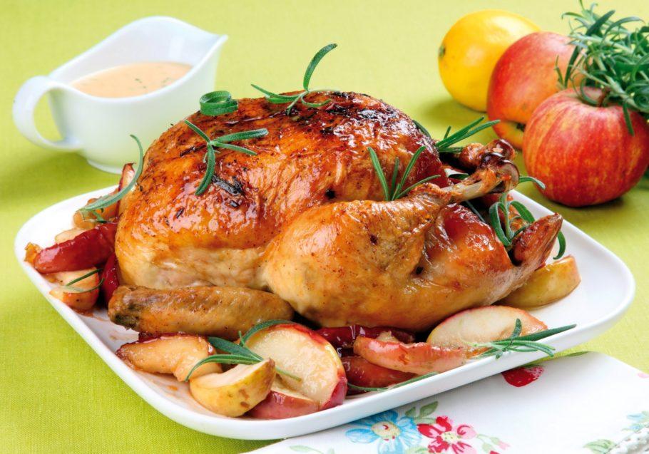 Если вы задумываетесь над тем, как приготовить сочную курицу, то вам необходимо знать, что без маринада не обойтись