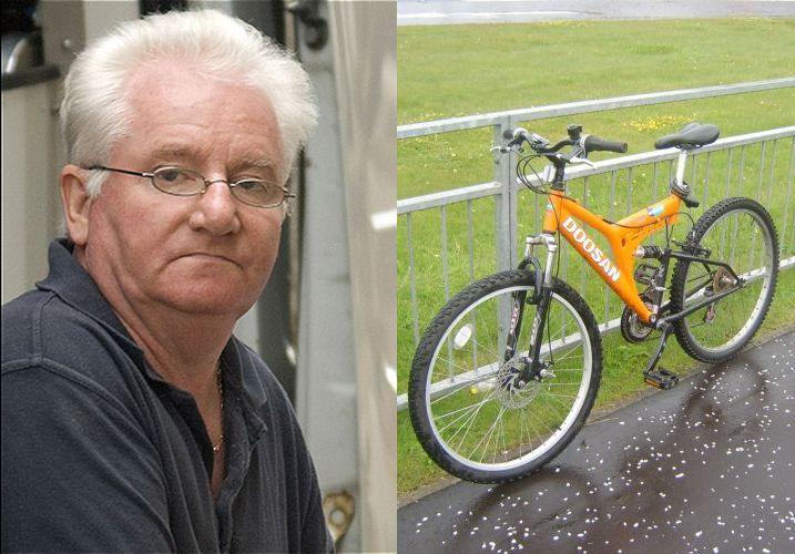 Уборщица открыла номер своим ключом и увидела, как Роберт занимается сексом с велосипедом