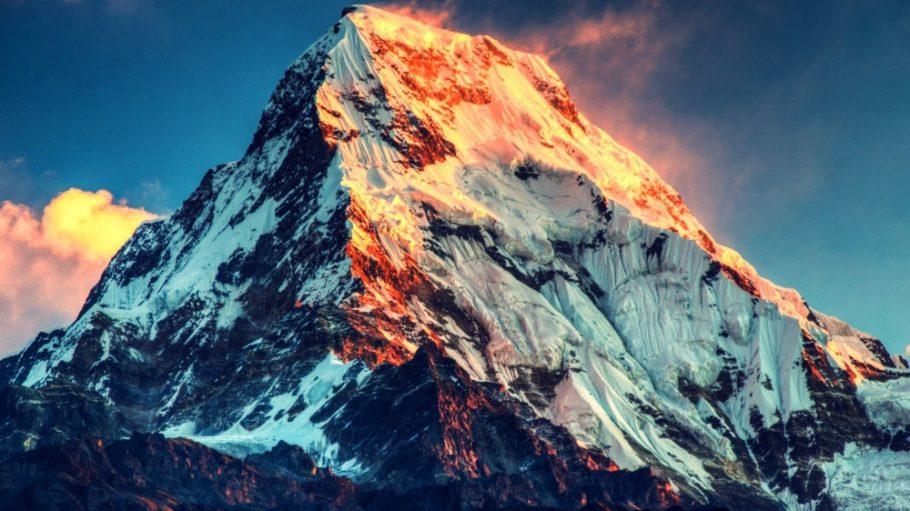 Китайско-непальская граница на горе Эверест