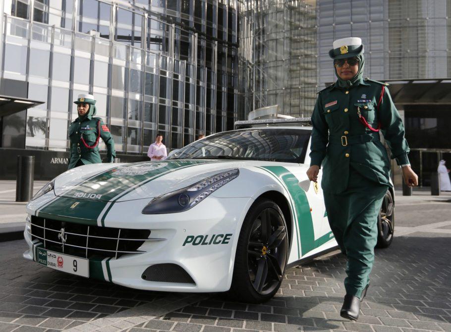 Полицейские в Дубаи