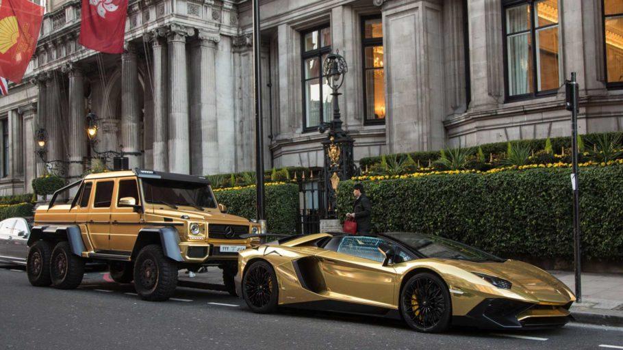 Позолоченные автомобили