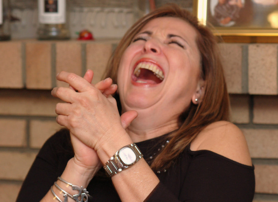 Смеющаяся женщина