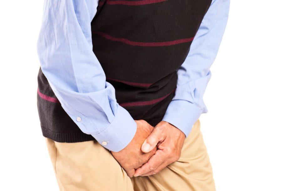 Мужчины с варикоцеле 2-3 степени ощущают тянущиеся боли, чувство распирания в области мошонки
