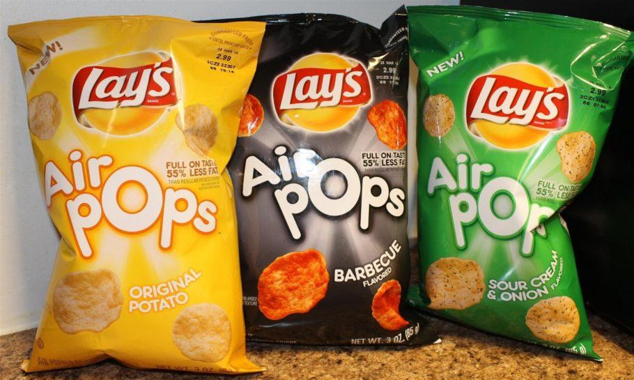 После этого английские чипсы сменили дизайн, но имя сохранили прежнее — Walkers