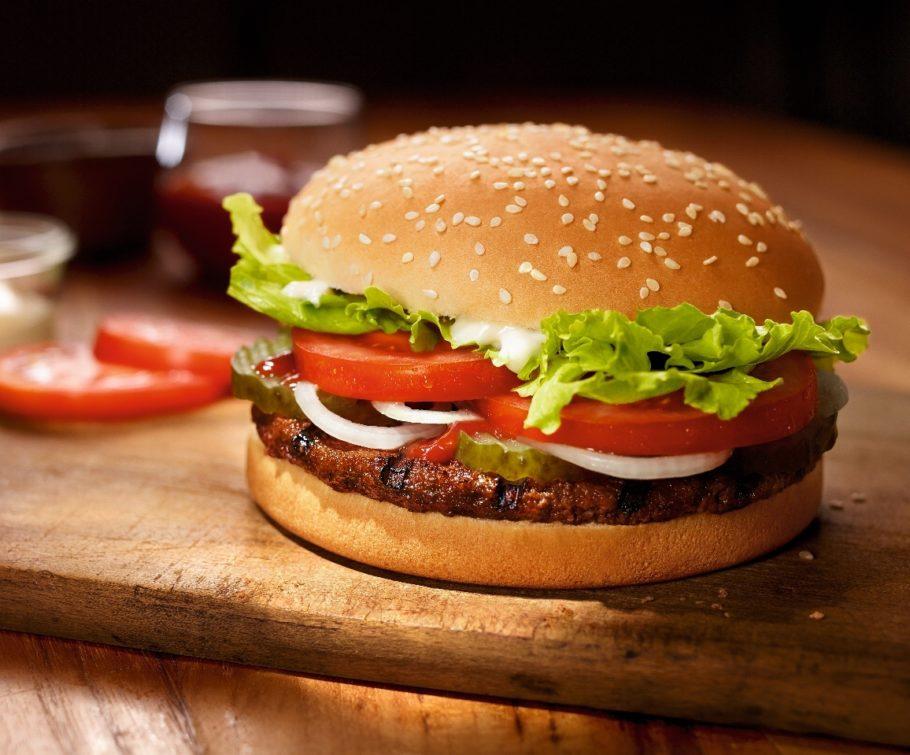 Поэтому в Австралии для ресторанов Burger King было придумано новое имя — Hungry Jack's