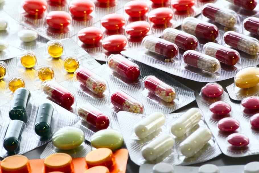 Одним из самых известных и давно используемых прямых антикоагулянтов является гепарин, однако, его применение сопряжено с большим количеством побочных эффектов