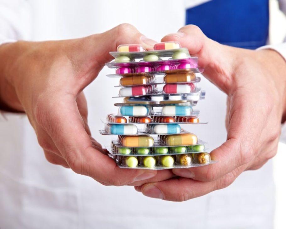 Основные виды лекарств – это таблетки, капсулы, инъекции (уколы)