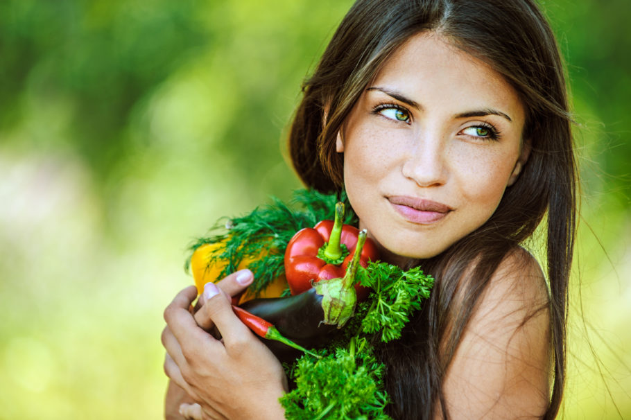 Чтобы не нанести организму и психике непредсказуемый ущерб, попытайтесь перейти на новую систему питания плавно
