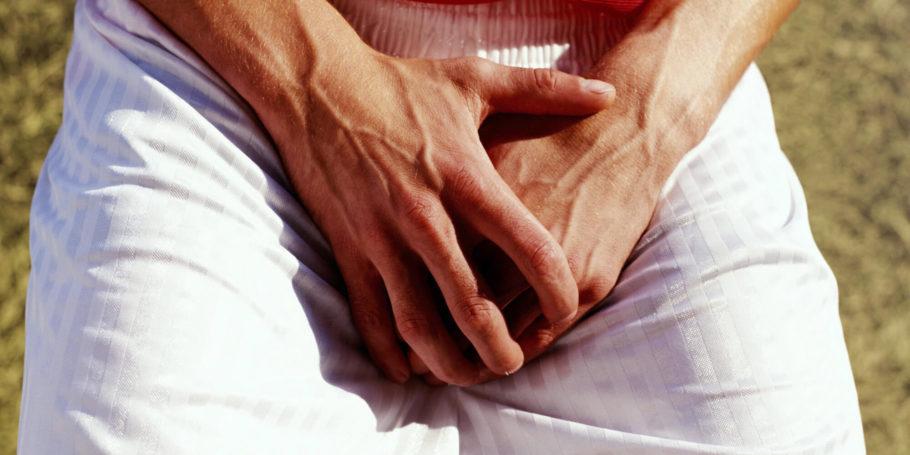 Симптомы, сигнализирующие о наличии камней в простате, могут быть неярко выраженными из-за незначительных размеров конкрементов