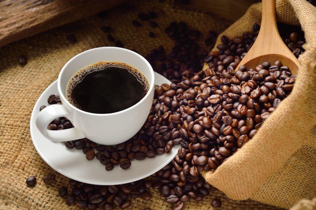 Кофе при простатите: можно ли пить и чем это может обернуться?