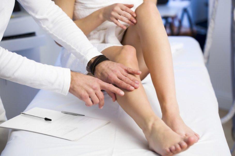 обследование женских ног
