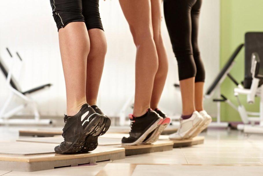 Самым простым упражнением является пешая прогулка