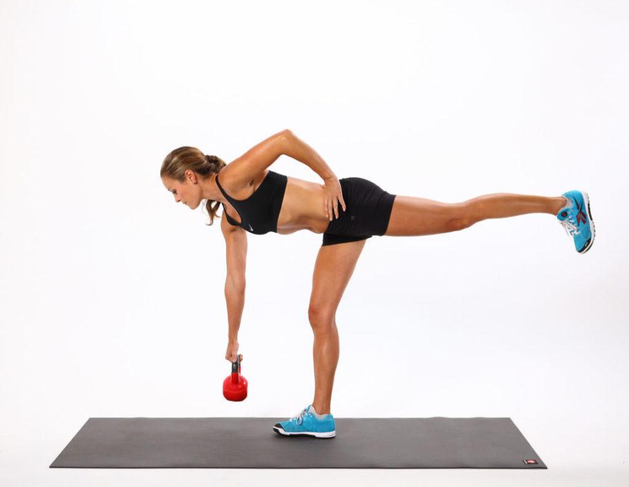 Для создания красивой спортивной фигуры необходимо лишь купить гирю, и запомнить десяток упражнений