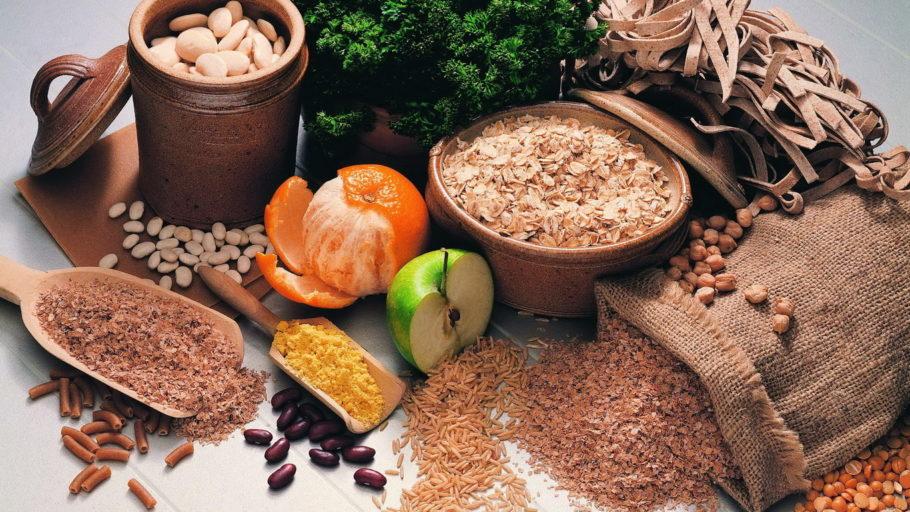 цитрусы, фрукты, бобовые и крупы