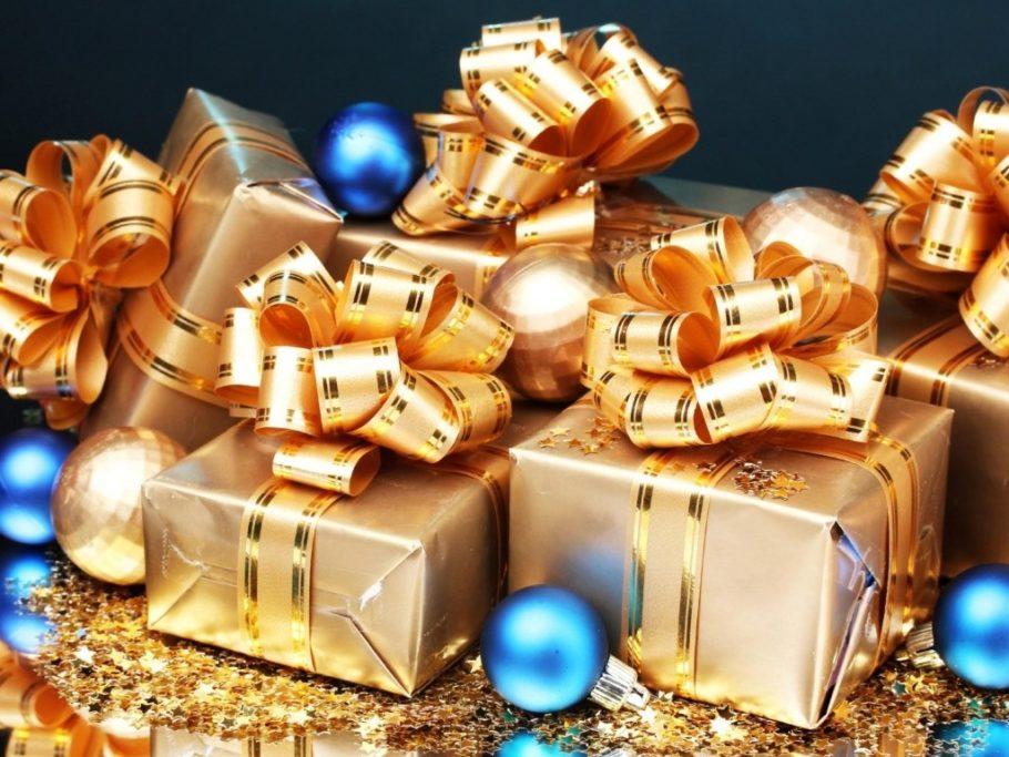 Часто случается, что задолго до всеми любимого зимнего торжества, у нас появляется масса идей для подарков, как для себя, так и для родственников