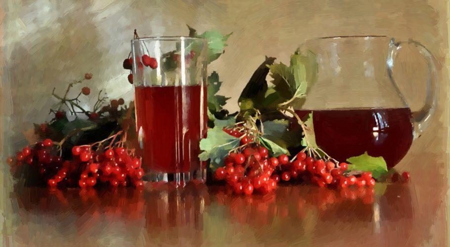 При ангине из листьев, цветов и ягод готовят настои для полоскания