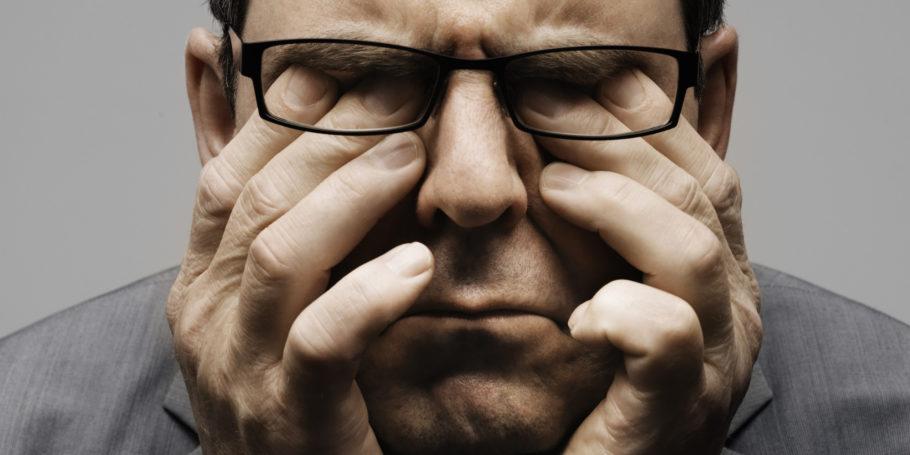 Одно является следствием другого: гипертензия возникает из-за длительного стресса, и влечет за собой депрессию