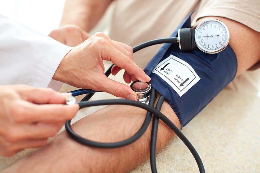 Общее угнетенное состояние способствует росту артериального давления