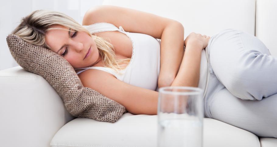 Чтобы определить причины диареи, врачу потребуется осмотреть пациента и изучить сопутствующую симптоматику