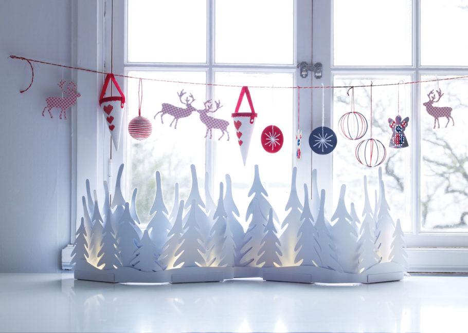 Плоские игрушки для украшения окна