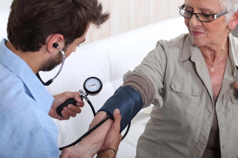 Иногда это мешает врачам при обследовании кардиологических больных, которые в большинстве своем являются людьми впечатлительными