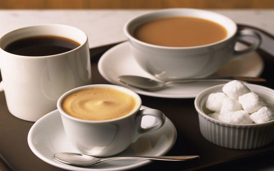 Несмотря на то, что считается, что чай содержит меньше кофеина, чем кофе, это не всегда так