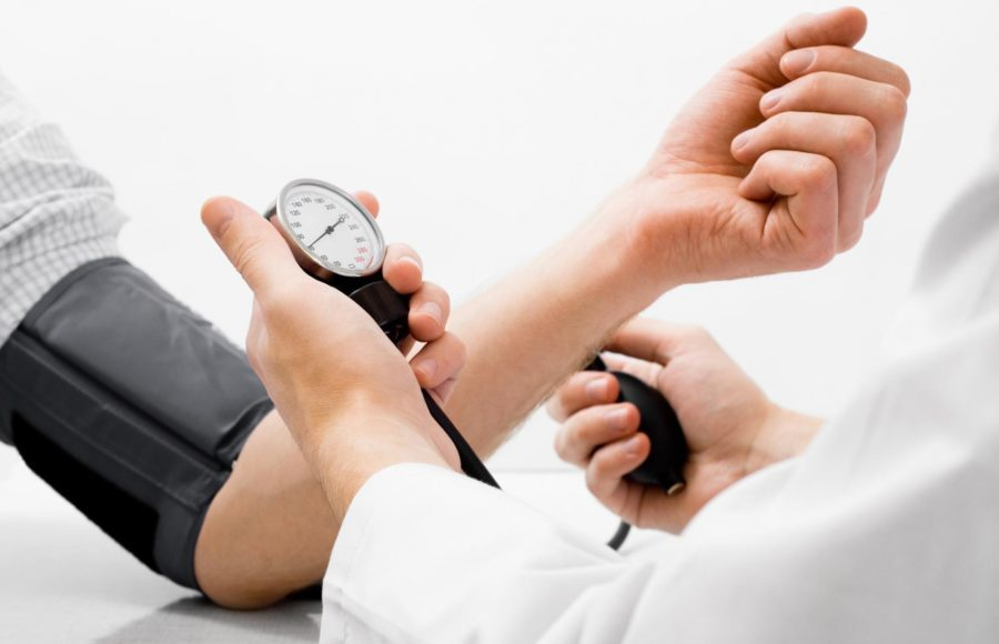 Лечение гипертонии рекомендуется длительным приемом препарата, достигается постепенное снижение артериального давления