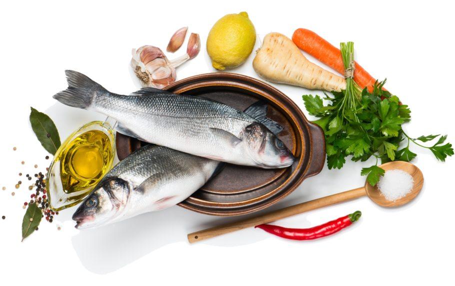 продукты питания: рыба, чеснок, лимон и другие