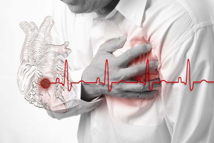 Лекарство работает на расширение мелких сосудов, уменьшает артериальное давление, стимулируя циркуляцию крови